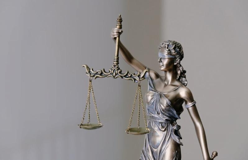 Temida - adwokat